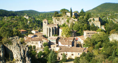 Salagou valley main tourist attraction adt 34 h rault - Office du tourisme clermont l herault ...